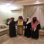 زيارة و تكريم الشيخ . محمد بن سعيد الصوع   من قبل إدارة جمعية البر بوادي بن هشبل